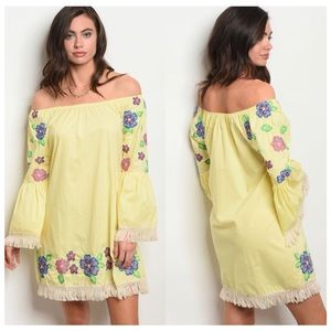 💄Yellow Embroidered Bell Sleeve Dress
